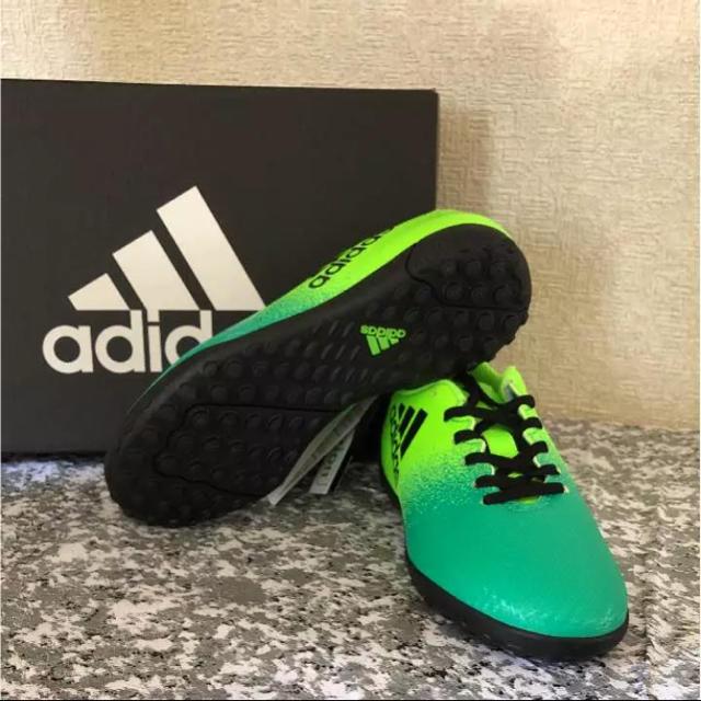 adidas(アディダス)の新品☆adidasスパイク スポーツ/アウトドアのサッカー/フットサル(シューズ)の商品写真