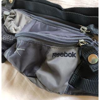 リーボック(Reebok)のスポーツ用 ウエストポーチ(ボディバッグ/ウエストポーチ)