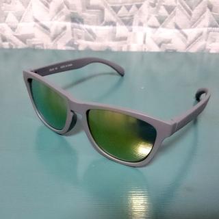 ユニクロ(UNIQLO)のユニクロ★スポーツ ウェリントン カラーサングラス UV400(サングラス/メガネ)