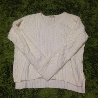 グリーンレーベルリラクシング(green label relaxing)のオフホワイト セーター(ニット/セーター)