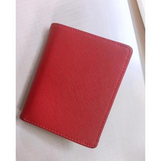 フォーエバートゥエンティーワン(FOREVER 21)の二つ折り財布(折り財布)