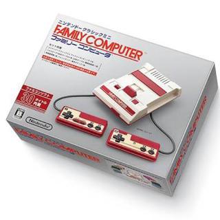ファミリーコンピュータ(ファミリーコンピュータ)のファミコンクラシックミニ 限定カードとおまけ充電器付き(その他)
