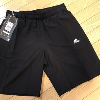 アディダス(adidas)のadidas アディダス ショートパンツ ハーフパンツ 新品未使用 xo 黒色(ショートパンツ)