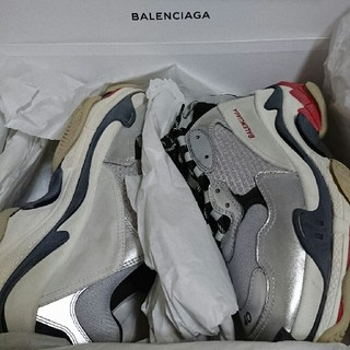 バレンシアガ(Balenciaga)のBALENCIAGA triple s(スニーカー)
