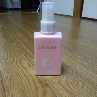 サムライ(SAMOURAI)のサムライウーマン ホワイトローズ フレグランスミスト150ml(香水(女性用))