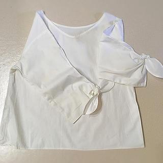 ジーユー(GU)のリボンTネックシャツ(Tシャツ(長袖/七分))