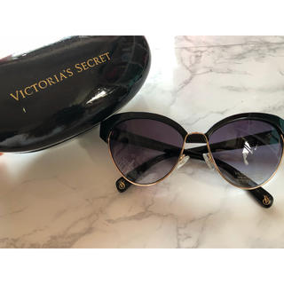 ヴィクトリアズシークレット(Victoria's Secret)のUV100パーセントカット♡サングラス(サングラス/メガネ)