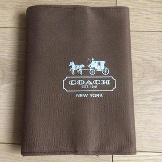コーチ(COACH)の新品 送料込み COACH 手帳 ブックカバー (ブックカバー)