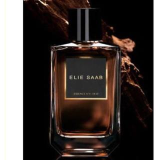 エリーサーブ(ELIE SAAB)の高級ウード 香水 エリーサーブ エッセンス no.4  男女兼用(香水(女性用))