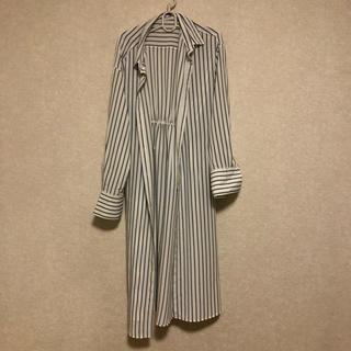 ジーユー(GU)のボーダー柄 ロングシャツ(Tシャツ(長袖/七分))