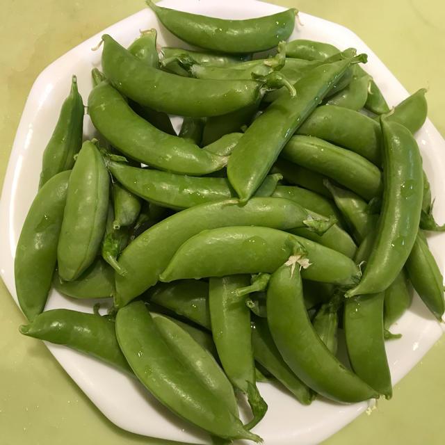 キュウリ6本&スナップエンドウ300g 食品/飲料/酒の食品(野菜)の商品写真