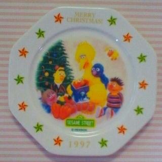 セサミストリート(SESAME STREET)のセサミストリートのクリスマス風お皿(食器)