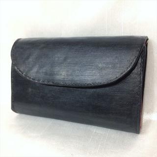 ホワイトハウスコックス(WHITEHOUSE COX)のホワイトハウスコックス 3つ折り財布 S7660 ヘアラインブラック/レッド(折り財布)