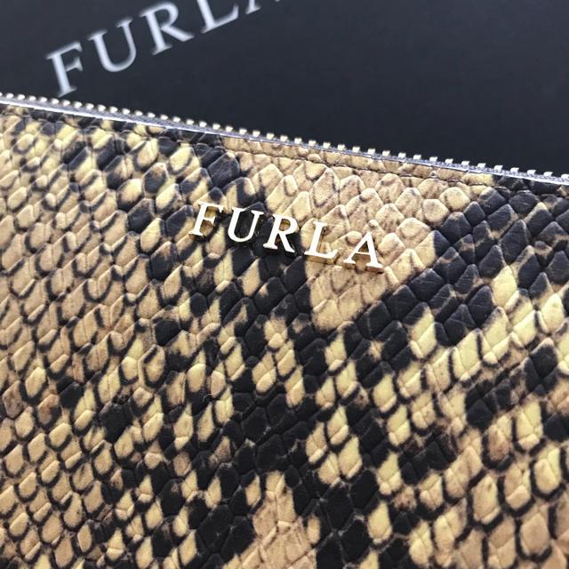 16441d404b28 Furla(フルラ)の激レア! フルラ FURLA 新品 パイソン柄 財布 レディースの