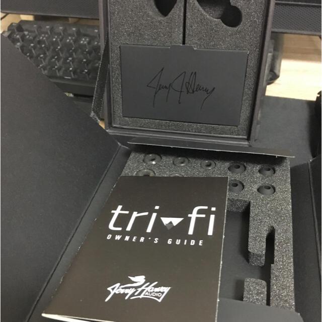 iriver(アイリバー)の【訳あり特価】jh audio trifi  スマホ/家電/カメラのオーディオ機器(ヘッドフォン/イヤフォン)の商品写真