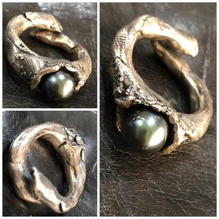 マルタンマルジェラ(Maison Martin Margiela)のGASPARD HEX Pars ギャスパーヘックス 定価7万 黒真珠リング21(リング(指輪))