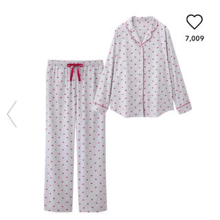 ジーユー(GU)の専用!新品未使用タグ付き♪GU☆パジャマ(ハート)  (パジャマ)
