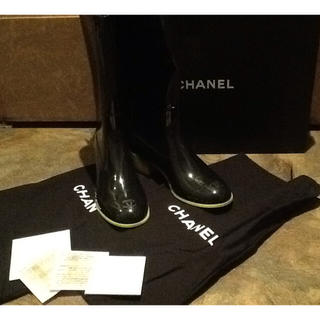 シャネル(CHANEL)の新品未使用 シャネル レインシューズ ココマーク ネオン(レインブーツ/長靴)