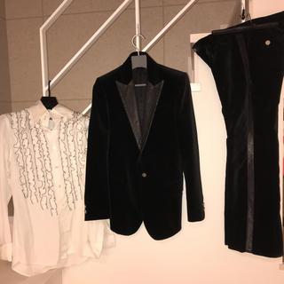backbone パイソン装飾ベロアスーツ バックボーンsフリルシャツ セット