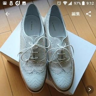オゥバニスター(AU BANNISTER)のVERY掲載 AU BANNISTER ホワイトソールシューズ(ローファー/革靴)
