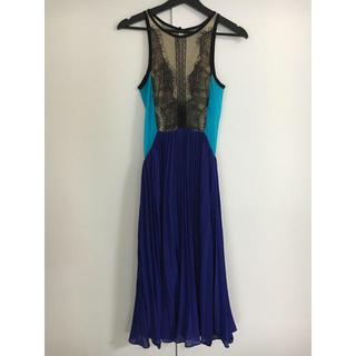 ビーシービージーマックスアズリア(BCBGMAXAZRIA)のTHREE FLOOR ドレス(ミディアムドレス)