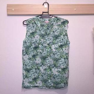 ギャップ(GAP)のGAP 花柄トップス(シャツ/ブラウス(半袖/袖なし))