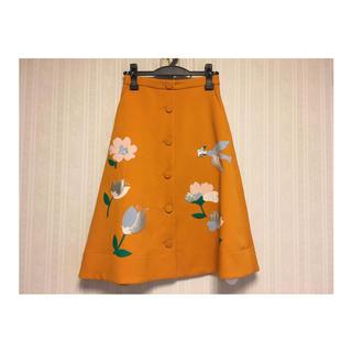 チェスティ(Chesty)のChestyフラワーモチーフスカート(ひざ丈スカート)