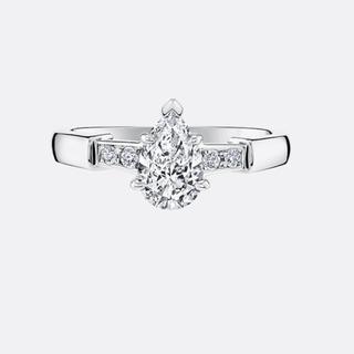 ハリーウィンストン(HARRY WINSTON)のハリーウィンストンペアシェイプトリストリング10号ダイヤモンド定価160万円新品(リング(指輪))