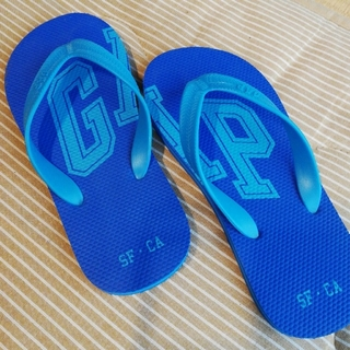 ギャップ(GAP)のGAP ビーチサンダル 約23.5-24.0(ビーチサンダル)