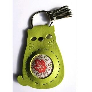 キーホルダー  緑の猫(キーホルダー)