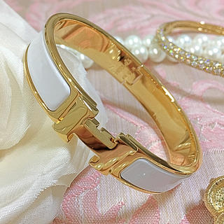 エルメス(Hermes)のエルメス  クリッククラックバングル  ホワイト×ゴールド 未使用(ブレスレット/バングル)