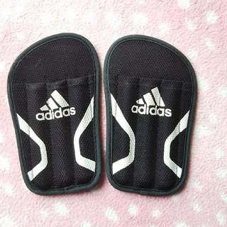 アディダス(adidas)のすね当て 子ども(その他)