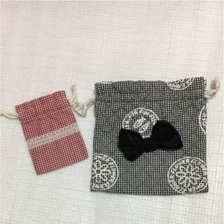 チャコット(CHACOTT)の巾着袋 2つ リボン チェック ハンドメイド(ポーチ)