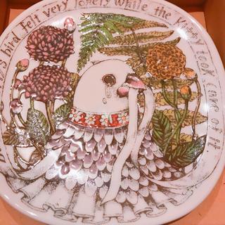 アチャチュムムチャチャ(AHCAHCUM.muchacha)のギュスターヴ ヒグチユウコ 九谷焼 絵皿(食器)