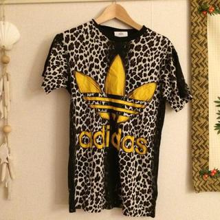 アディダス(adidas)のLeopard Tee(Tシャツ(半袖/袖なし))