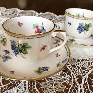 三郷陶器sango木の実ペアコーヒーカップ&ソーサー