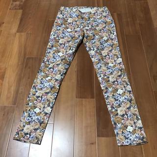 ♡THE EMPORIUM♡薔薇柄♡花柄パンツ♡柄パンツ♡スキニー♡安い ¥500