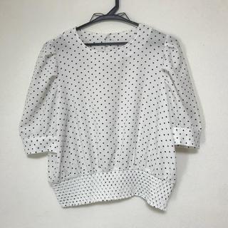 ジーユー(GU)のGU ドットプリントブラウス(5分袖)GR(シャツ/ブラウス(半袖/袖なし))