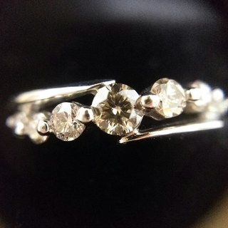 ジュエリーツツミ(JEWELRY TSUTSUMI)の最終値下♡pt0.5ctダイヤモンドリング(リング(指輪))