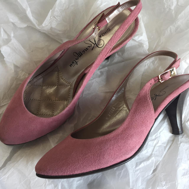 GINZA Kanematsu(ギンザカネマツ)のかねまつ バックストラップパンプス レディースの靴/シューズ(ハイヒール/パンプス)の商品写真
