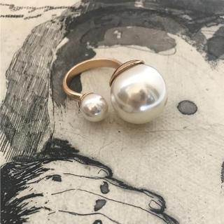 ダブル ビッグ パール リング ホワイト(リング(指輪))