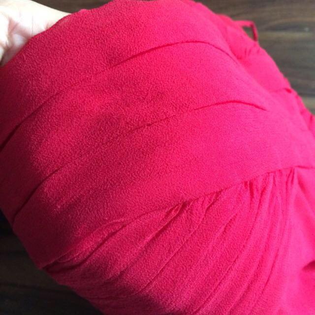 BARNEYS NEW YORK(バーニーズニューヨーク)のTADASHI♡立体裁断レッドドレス レディースのワンピース(ひざ丈ワンピース)の商品写真