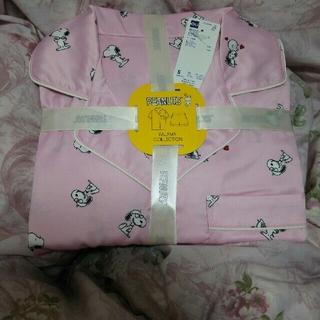 ジーユー(GU)のスヌーピーサテンパジャマ(ピンク)S(パジャマ)