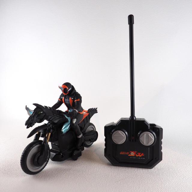 BANDAI(バンダイ)の仮面ライダーゴースト ラジコン バイク エンタメ/ホビーのおもちゃ/ぬいぐるみ(キャラクターグッズ)の商品写真