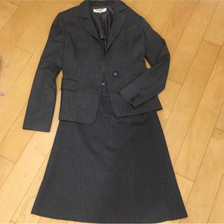 ナチュラルビューティーベーシック(NATURAL BEAUTY BASIC)の美品NATURAL BEAUTY BASIC グレーストライプスーツ(スーツ)
