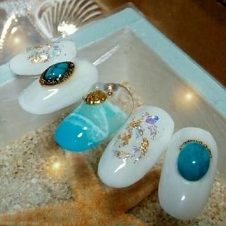 ジェルネイルチップ☆付け爪☆海ネイル〜シアーホワイト/ターコイズ&シェル