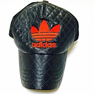 アディダス(adidas)の帽子(キャップ)
