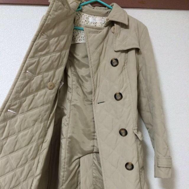Feroux(フェルゥ)のトレンチコート(ベージュ) レディースのジャケット/アウター(トレンチコート)の商品写真