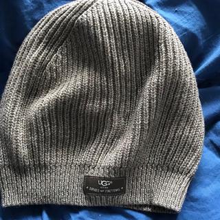 アグ(UGG)のUGG ニット帽(ニット帽/ビーニー)