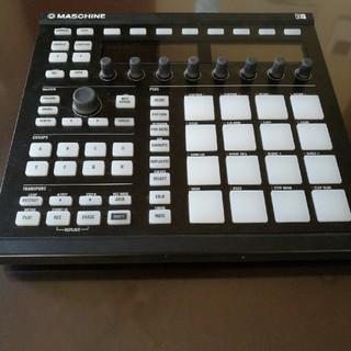 Native Instruments MASCHINE MK2 Black(MIDIコントローラー)
